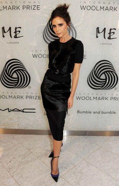 Victoria Beckham Height Weight Body Statistics. Victoria Beckham Height -1.63 m, Weight -49 kg, Measurements -34-23-33, Bra Size -32B, Dress Size -2, Shoe