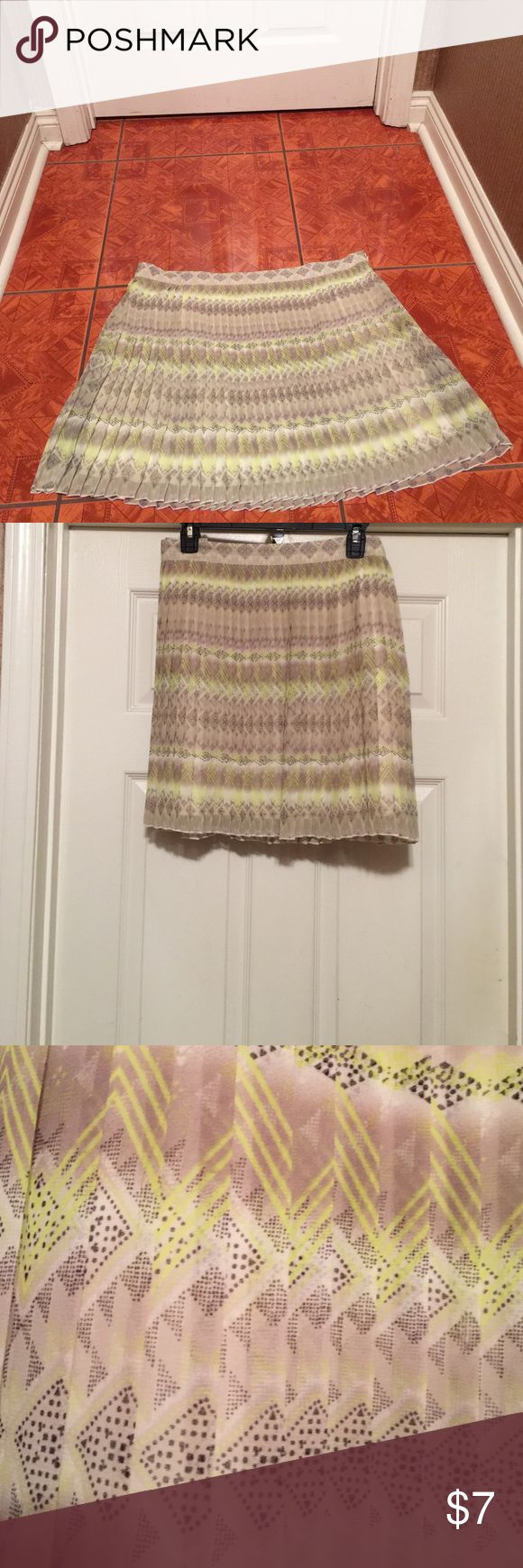 Full Pleat Mini Aztec print skirt. Gently used. American Eagle Outfitters Skirts