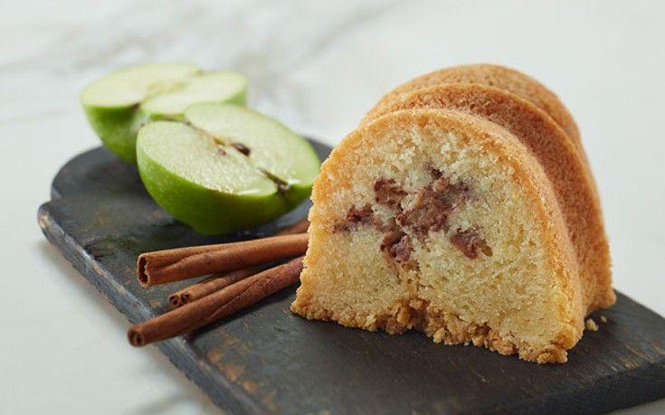 Πρωτότυπο κέικ μηλόπιτα!