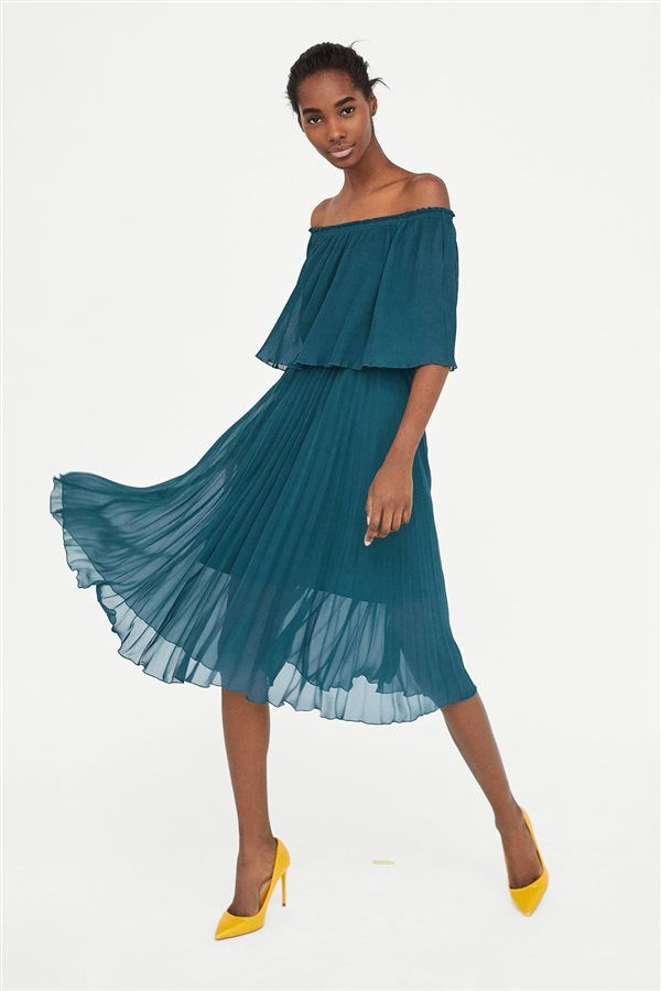vestido plisado de zara para invitadas boda | invitada perfecta en