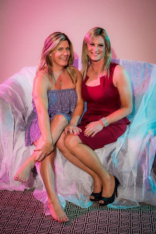 34 besten cd couples bilder auf pinterest transgender crossdresser und freundinnen. Black Bedroom Furniture Sets. Home Design Ideas