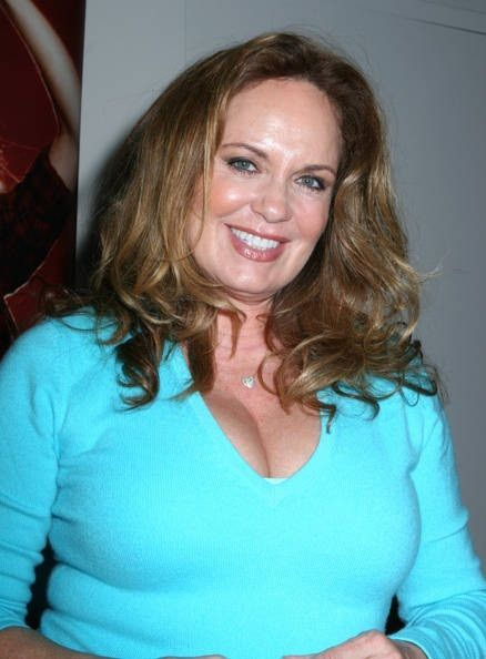 catherine-bach-net-worth1