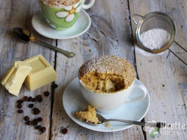 Ricetta per Mug Cake al Caffè con cuore di cioccolato bianco