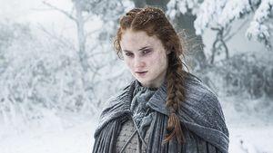 Game of Thrones 6x1, Jon Snow está morto. Daenerys encontra um khalasar. Cersei vê sua filha novamente. Davos Seaworth se rebela contra a Guarda da Noite.