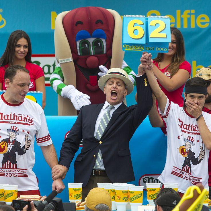 Matt Stonie beats Joey Chestnut to win Nathan's Hot Dog Eating Contest