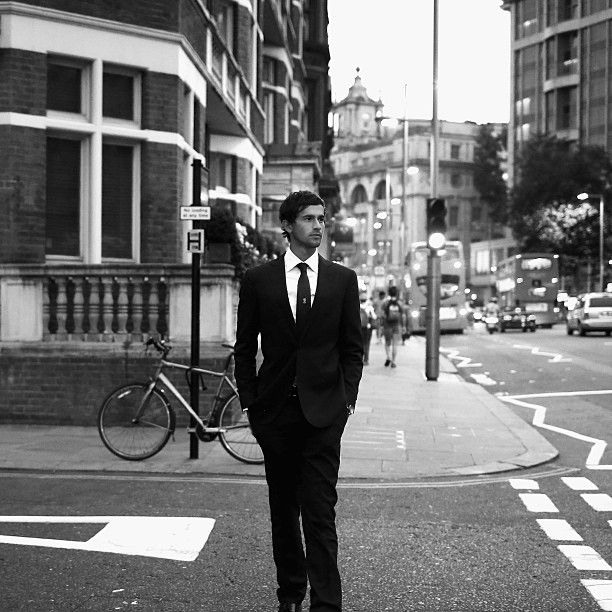Ashton #Agar looking sharp as he strolls the streets of London. Bring on Lord's! #Ashes #Ashtag