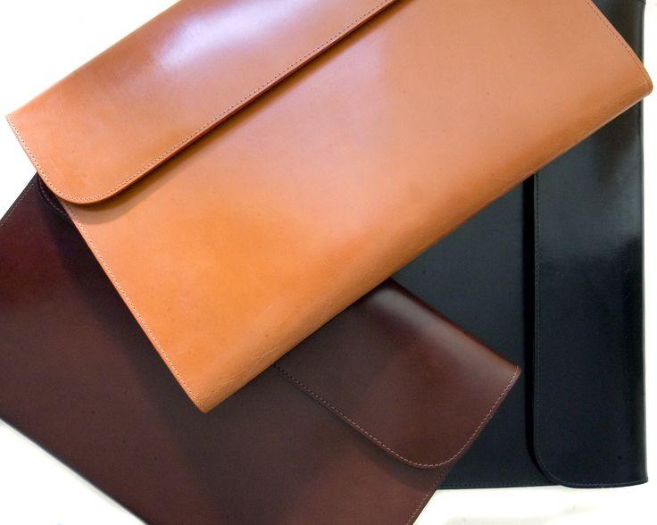 Bridle Hide Folder #BusinessAccessories #Luxury #ColourfulLeather #Leather #FineLeather #GiftIdeas #LoveLondon #LoveSagebrown #Mayfair #Piccadilly #LeatherFolder #BridleHide