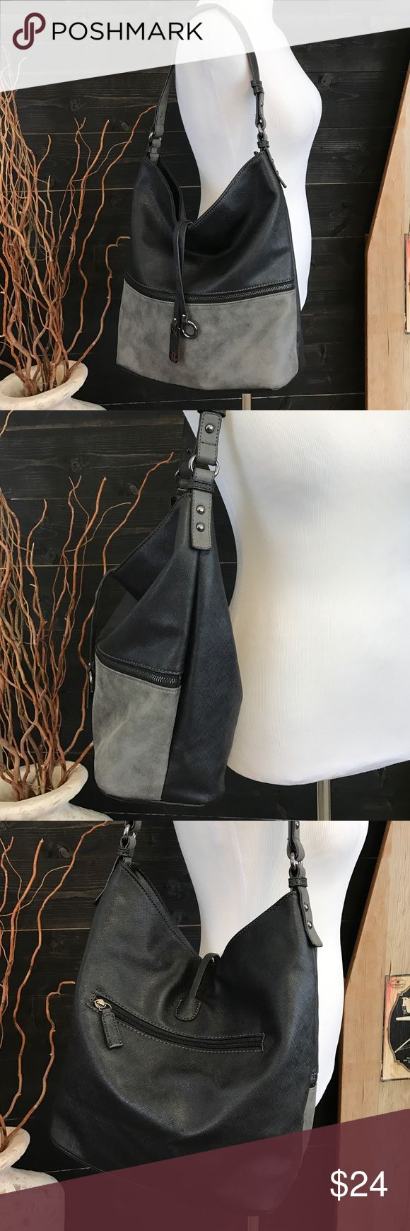"""David Jones 2 Tone Bag David Jones Handbag - Black and Gray - The only Sign of Use are a Couple Small Pen Marks Inside Otherwise This Purse is in Excellent Condition - Offers Welcomed - Measures 14""""W 12""""T and Bottom Measures 6"""" David Jones Bags"""