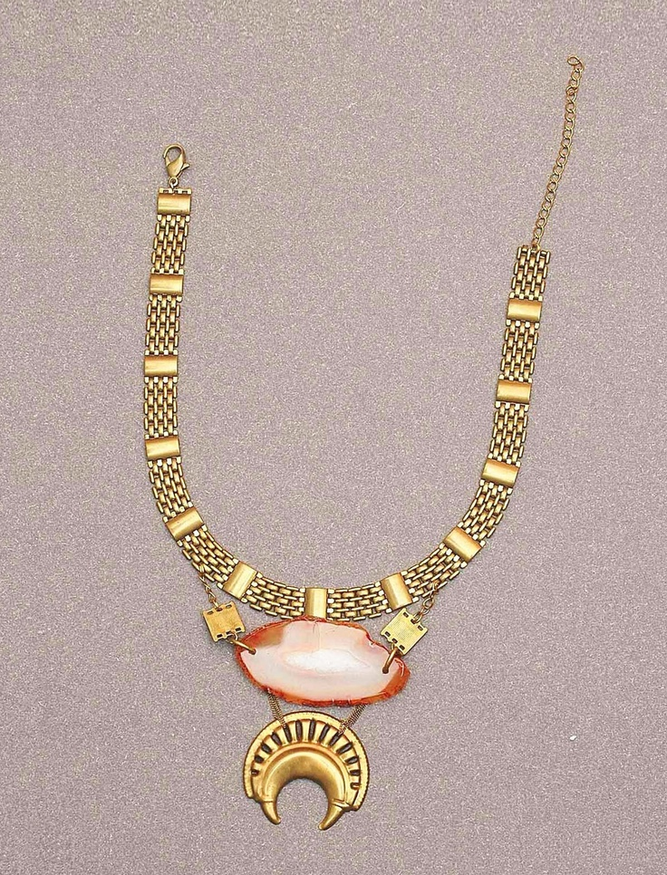 Tribal style chain link necklace with semi-precious coloured agate stone pendant and crescent detail. Beautiful for day or evening. Eye-catching statement style. Made of skin-friendly brass metal which does not rust or discolour.