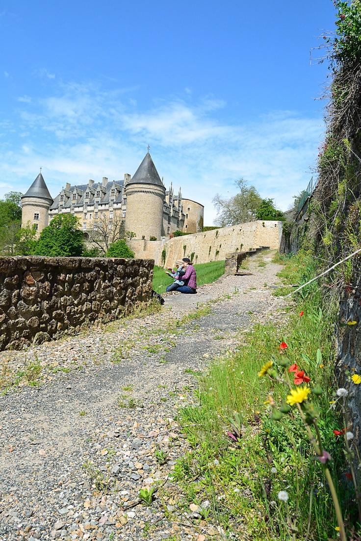 rochechouart  chemin du chateau
