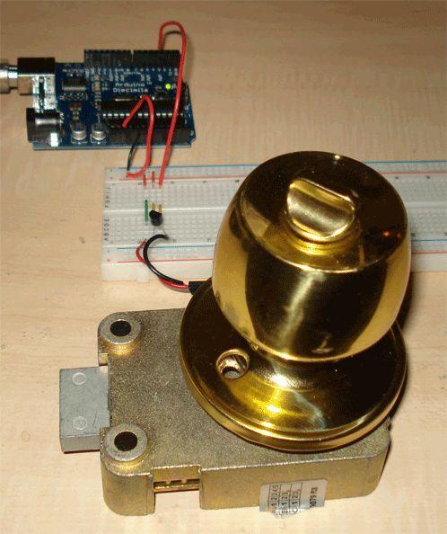 Very Simple Arduino Electric Lock: 6 Steps