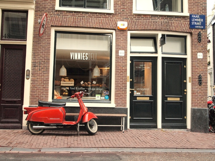 Organic food & coffee @ Vinnies deli   #Amsterdam