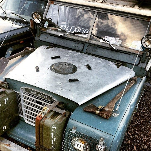 Land Rover 88 Serie III ready for expedition.