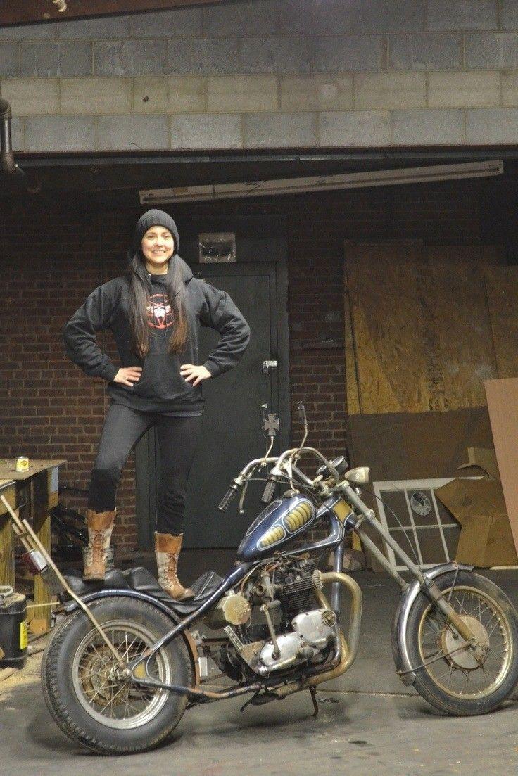 (notitle) – Motorrad mädchen