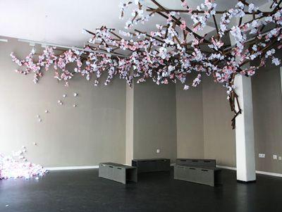 Zum Wochenende ein Artikel, der nicht direkt etwas mit Notizbüchern, aber viel mit Papier zu tun hat. Im Blog The Rag & Bone fand ich ein schönes Beispiel für Papierkunst: Paper Flowers. Die be…