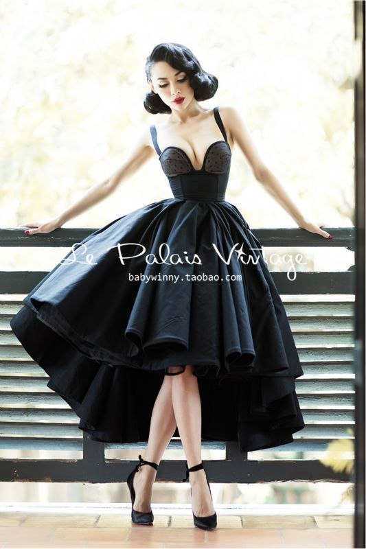 Le Palais Vintage limited grace amazing heavy corset type fishbone dovetail big puff dress/ ball bown