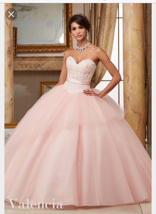 54 best Women\'s fashion images on Pinterest   Quinceanera dresses ...