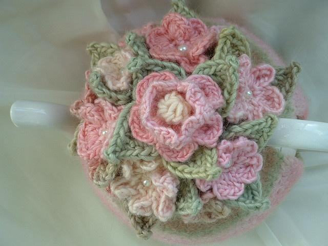 cathy olinick delightful knits tea cosy