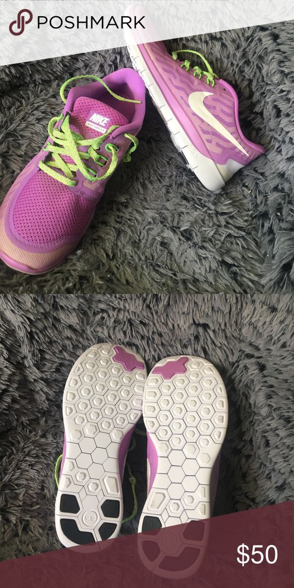 Nike Free Run 5.0 Never worn before, no marks or mess ups. Great quality Nike free runs. Sole in left shoe is green Nike Shoes Sneakers