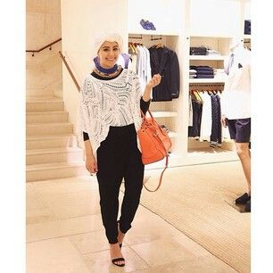 Ascia_AKF Last nights outfit wearing all Ralph Lauren for #RalphLaurenxAhmad_ASB. I forgot how much I love my Soft Ricky in Clementine!