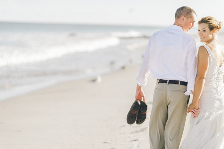 Long Beach Island Wedding in NJ at the Sea Shell Resort. Captured by Northern NJ wedding photographer Ben Lau.