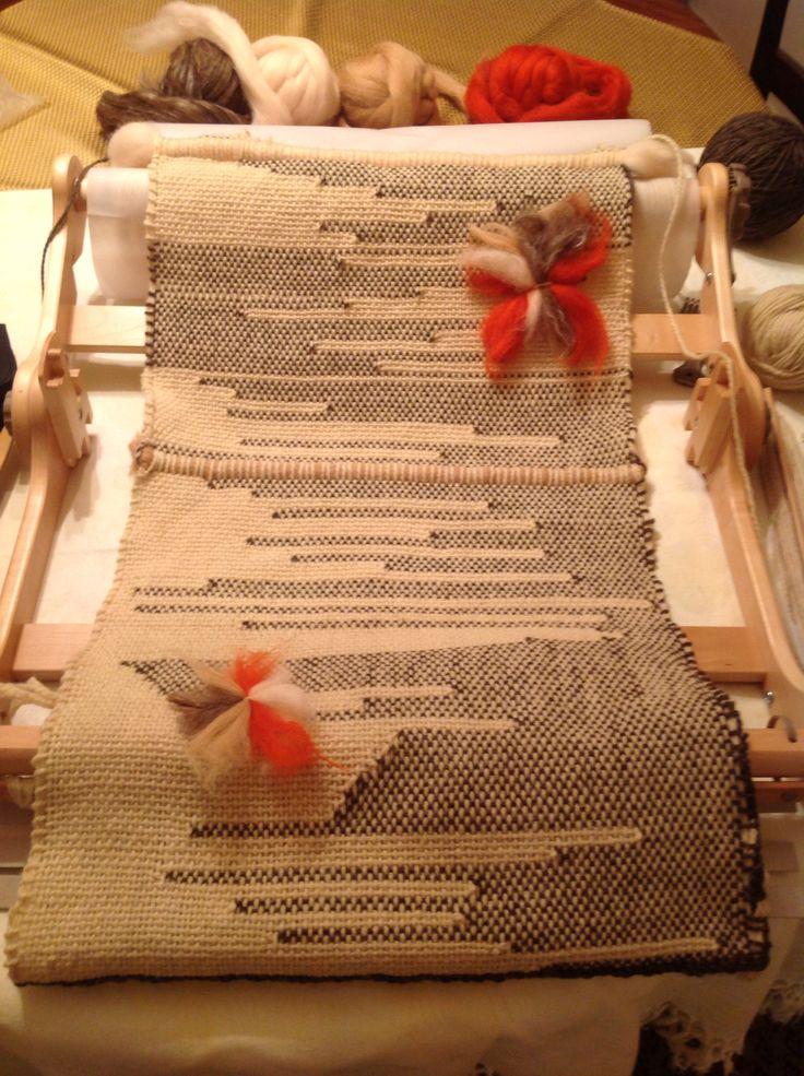 Design. Natural wool, loom, ashford, creación, imagination, camino de mesa