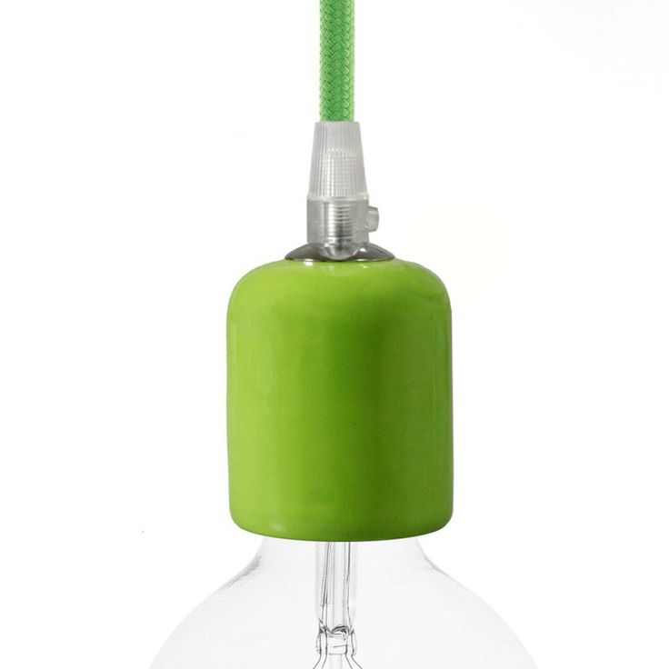 Comprar | Portalámparas cerámico E27 verde pistacho | Fundas decorativas cerámica #decoracion #iluminacion #accesorioslamparas #accesoriosiluminacion #lamparas #fabricartulampara