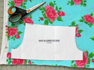 How to Sew Baby Bloomers with Free Pattern | how-tos | DIY