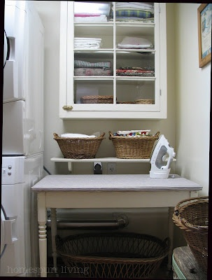 ironing/folding table recoverRoom Organic, Linens Storage, Farmhouse Charms, Kitchens Tables, Room Ideas, Laundry Rooms, Laundry Room Mud, Wash Room, Country Farmhouse
