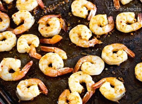 Cajun Broiled Shrimp Recipe ~ Quick, Easy Broiled Shrimp Perfect for a Light & Healthy Weeknight Dinner, Fancy Enough for Date Night and Delicious Enough for a Party Appetizer! ~ http://www.julieseatsandtreats.com