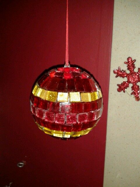 Red mosaic christmas ball