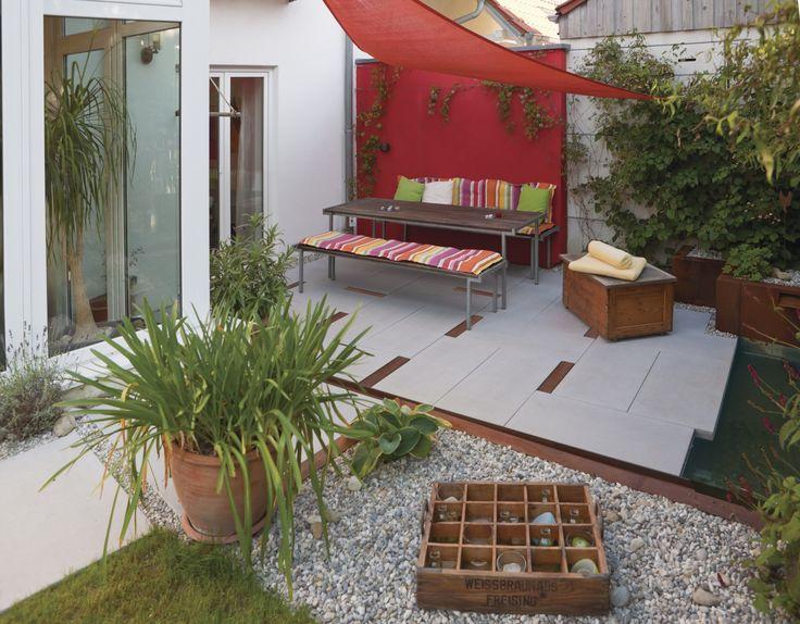 Dieser Rückzugsort Im Grünen Mit Sonnensegel Und Sitzplatz Ist Perfekt Für  Schöne Gespräche Oder Ruhige Minuten