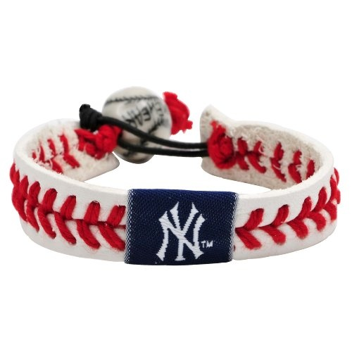 http://cheune.com/store MLB New York Yankees Classic Baseball Bracelet. I have this.