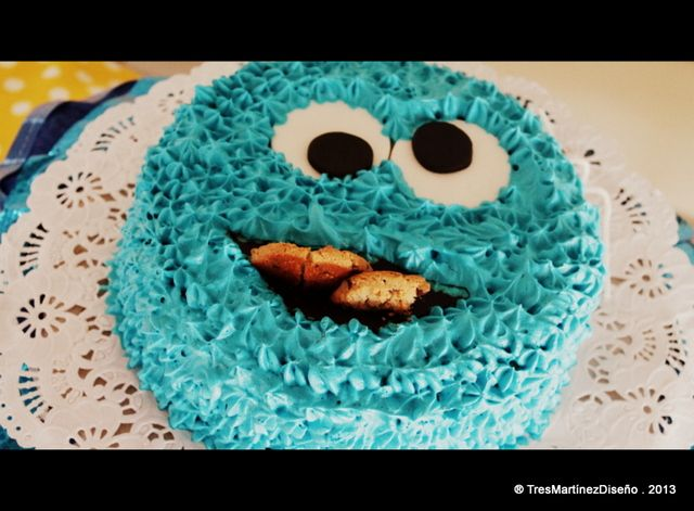 Cookie Monster birthday cake! | CatchMyParty.com