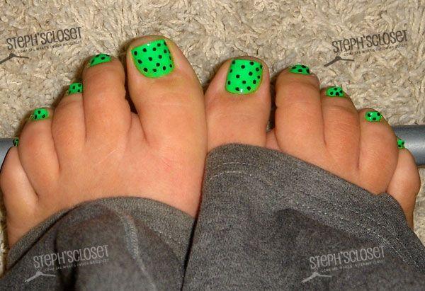 Neon Green Nail Polish with Black Polka Dot Nail Art Pedicure
