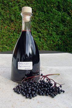Holunder - Balsamico - Essig (Rezept mit Bild) von rosemarywitch | Chefkoch.de