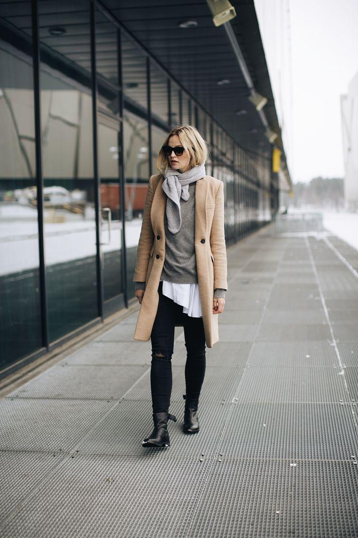 #jumper #sweatshirt #wardrobestaples #styling #style #personalstyling #elishacasagrande