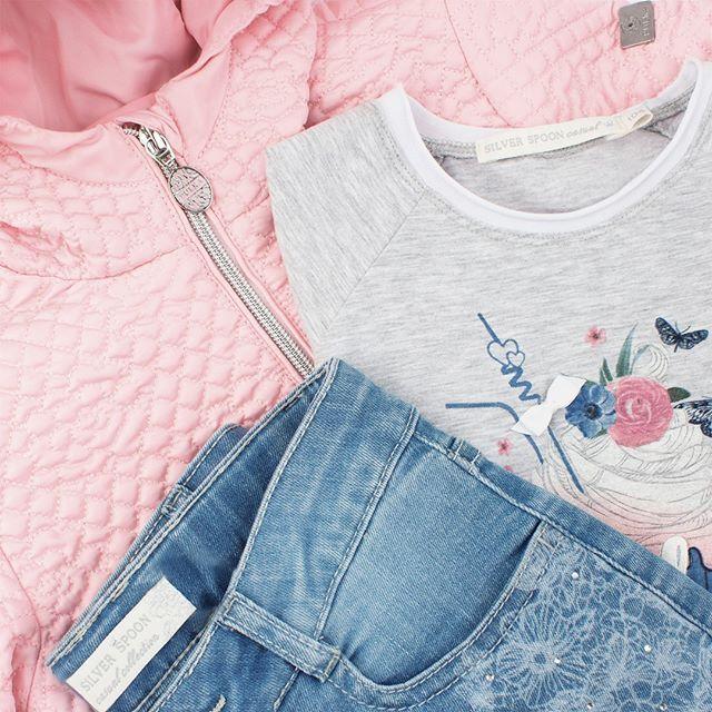 Романтичная и достойная короны, незабываемая и прекрасная - именно так себя чувствует героиня новой коллекции #SilverSpoonCasual. Коллекция под названием Summer Melody абсолютно соответствует своему названию - духом, настроением, гаммой и ощущением лёгкости, гармонии.😍🌷Уже в продаже!  #весна2017 #pulka #стиль2017_подростки #красиваяодежда_дети #тенденции_детскаямода  #весенняяколлекция #детскаямода #детскаямода_весна #магазиндетскойодежды #стильнаяодежда_дети #одеждадлядетей #весенняямода…