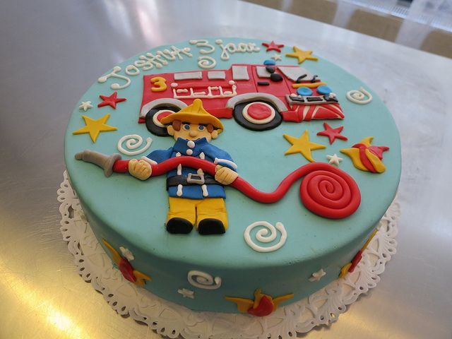 Fireman Sam Cake by CAKE Amsterdam - Cakes by ZOBOT, via Flickr