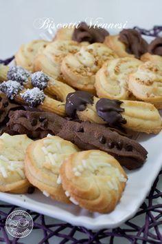 Biscotti viennesi (molto diffusi nelle pasticcerie siciliane)