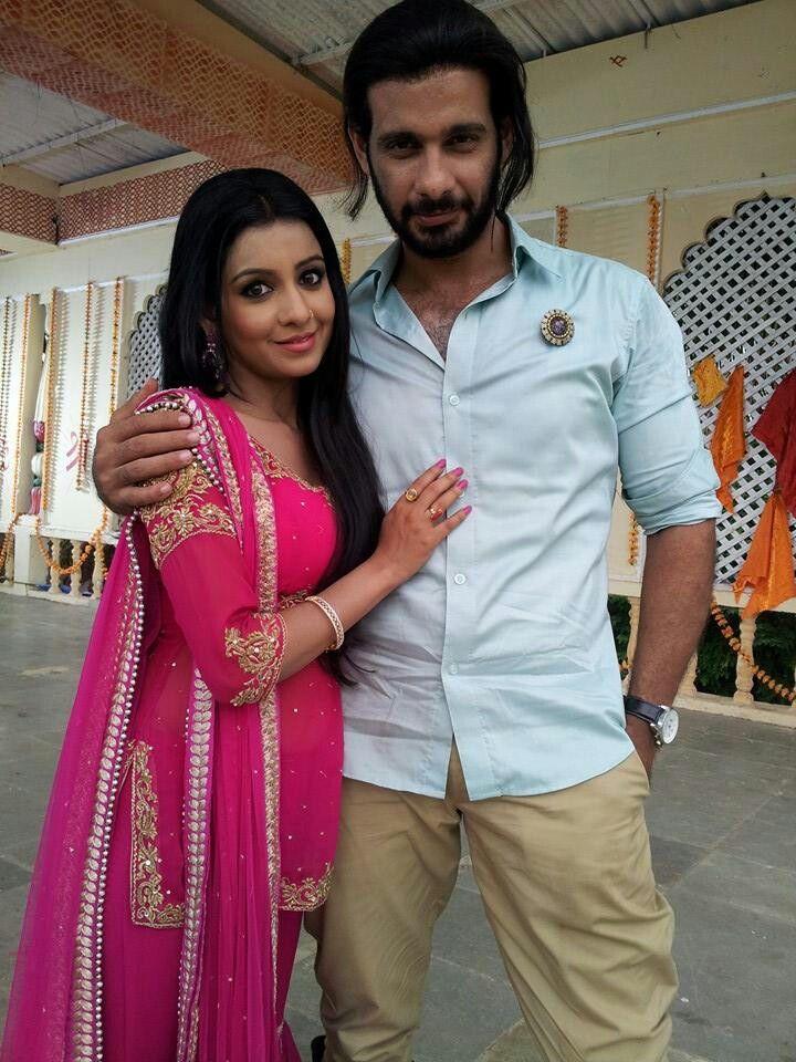 chhavi pandey and viraf patel as tara and mrityunjay in ek boond ishq