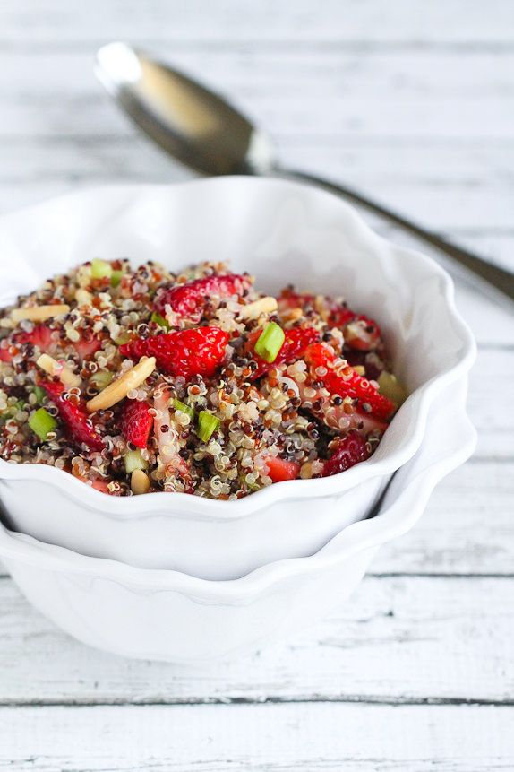 Strawberry and Quinoa Salad with Toasted Almonds…A fresh summer side dish! 149 calories and 4 Weight Watchers PP | cookincanuck.com #vegan #glutenfree
