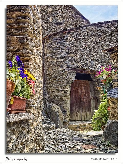Evol, Languedoc-Roussillon