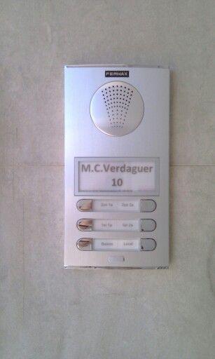 Interfono Fermax 4+N en edificis ió de 6 viviendas. Módulo tarjetero.