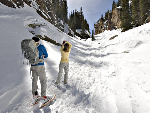 6 best snowshoeing trails near Fort Collins