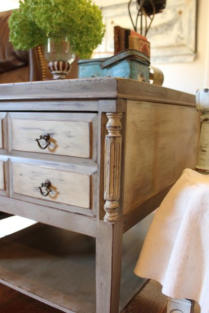 Painted w/ Annie Sloan Chalk paint in Coco w/ Country Grey accents. This would be a good color for my Hobby Lobby lamps.