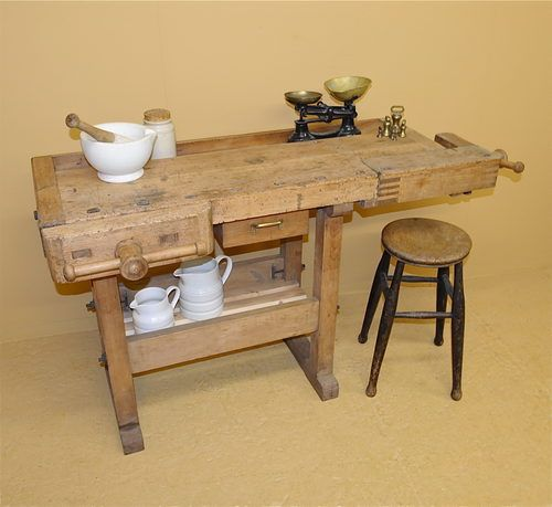 Carpenters Workbench - R3499