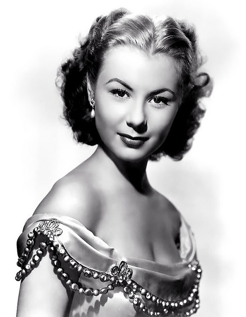 Mitzi Gaynor..she was so wonderful in her movies