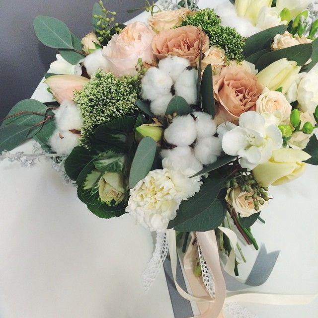 Розы каппучино + хлопок + фрезия = букет для Юли