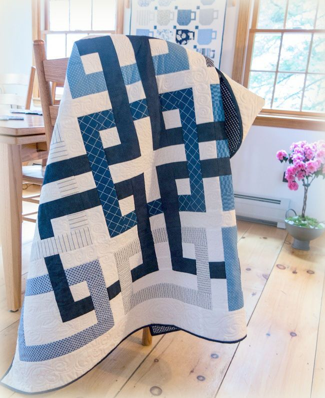 = free pattern = Movement in Squares quilt, made by Susan H., based on a free pattern by Wendy Sheppard; download at Ivory Spring